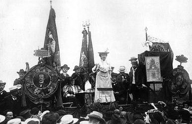 Rosa Reloaded: Rosa Luxemburg and Our Civilisational Crisis